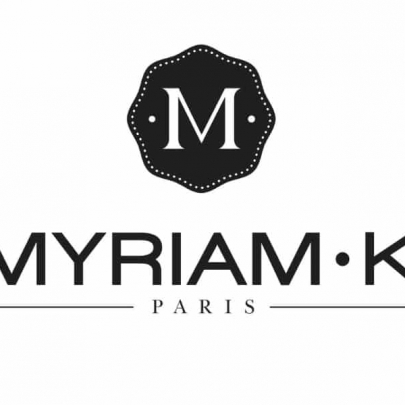 Lissage et soins by Myriam K